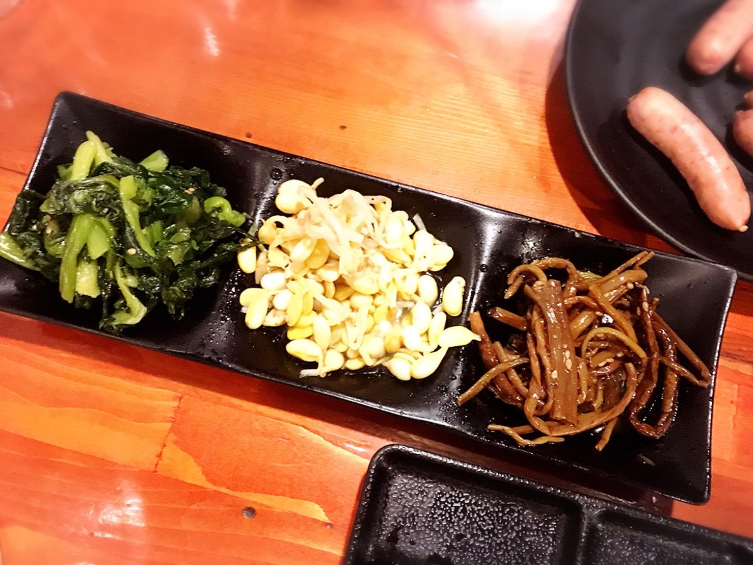 七輪焼肉 安安 大塚店のナムル3種の盛り合わせ