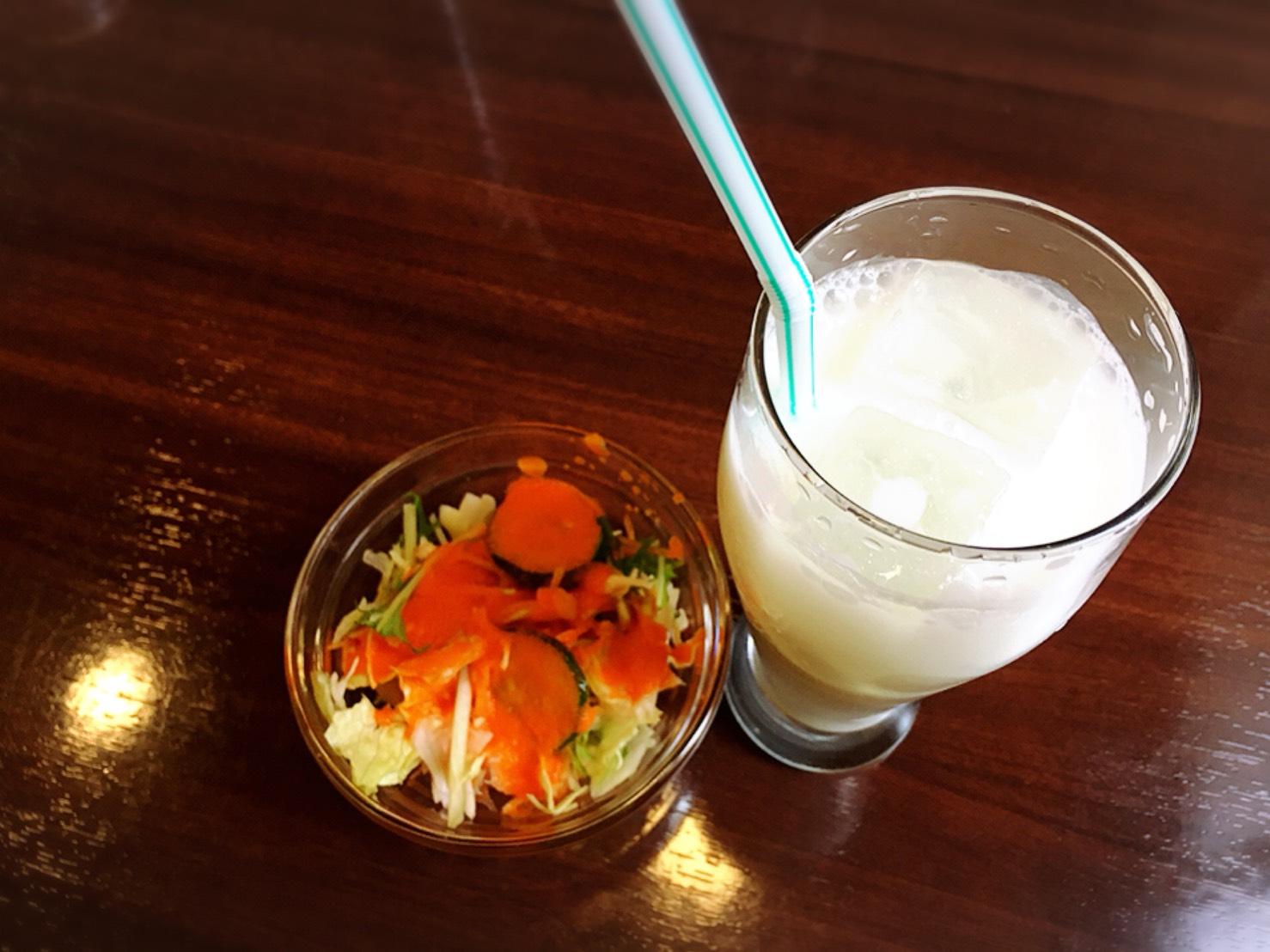 【大塚駅】インドカレー人気店「リトルムンバイ」インスタでお得のサラダとラッシー
