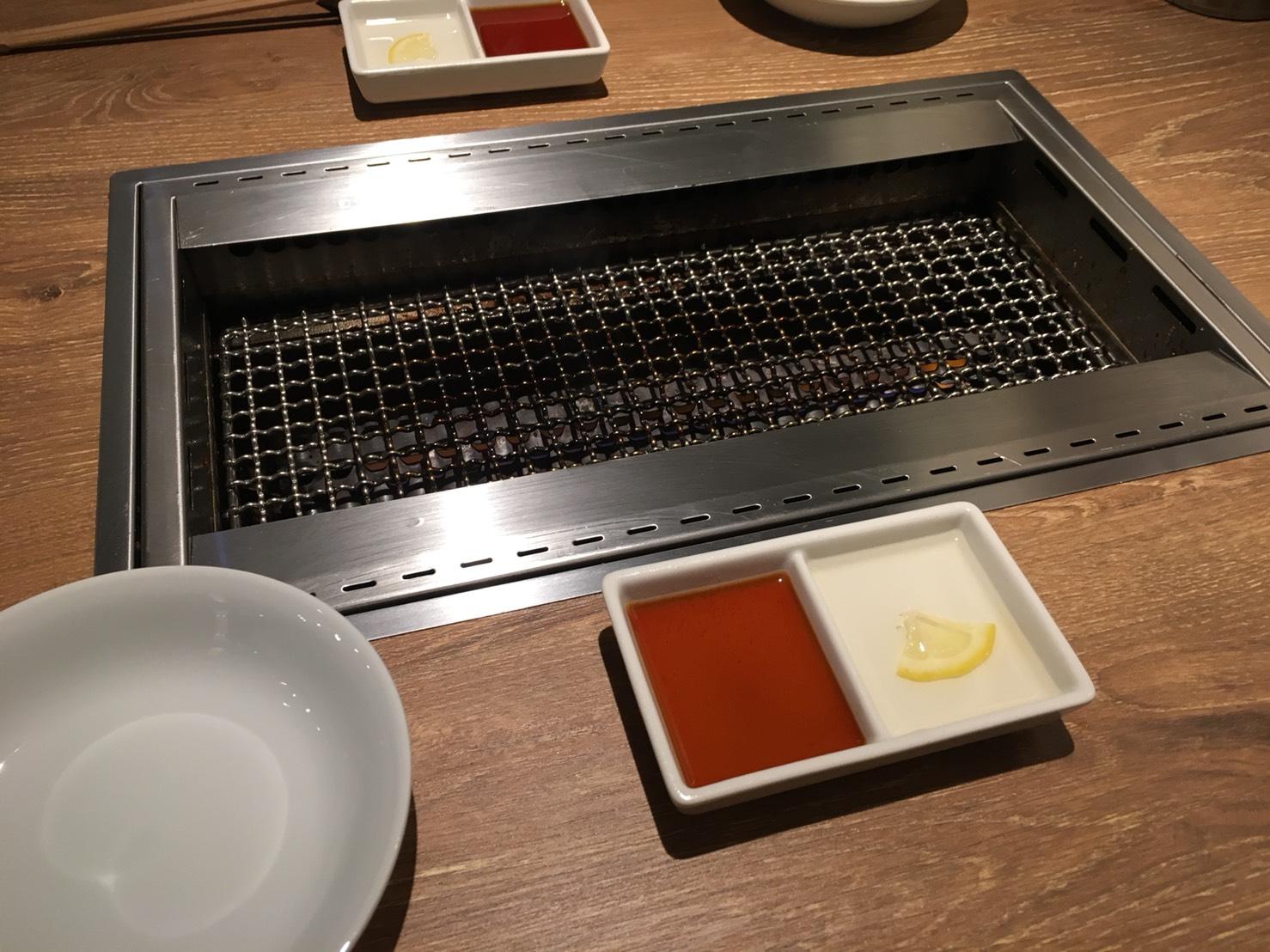 【池袋駅】激おすすめ「焼肉叙庵 サンシャインイン60通り店」のテーブル2