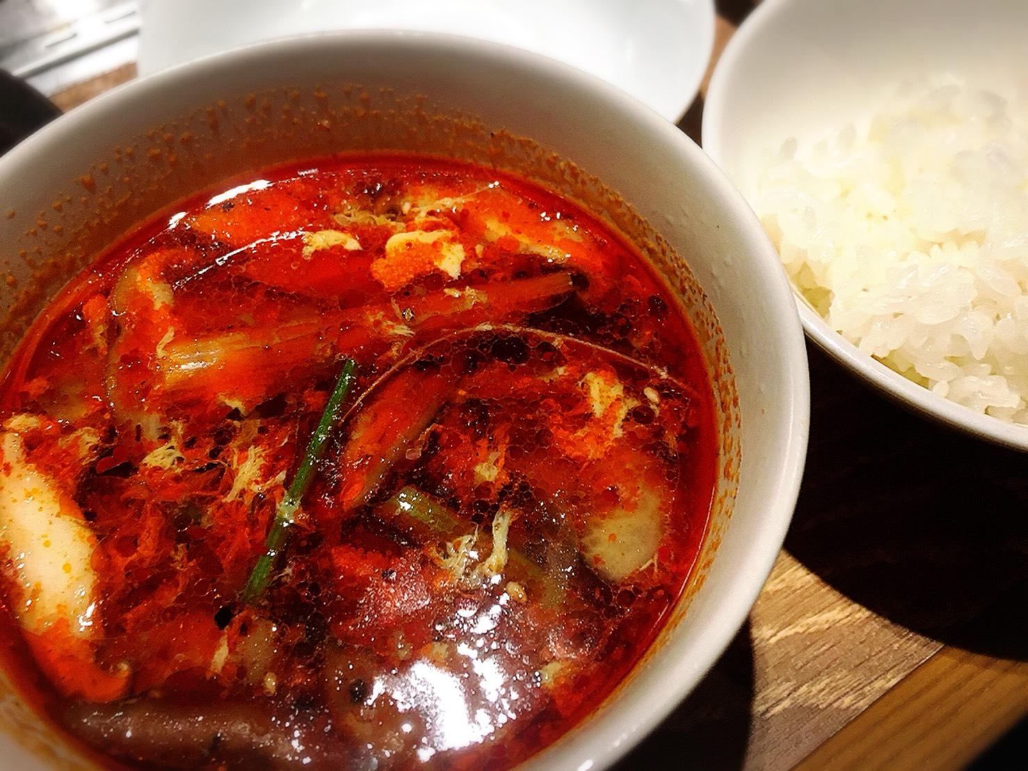 【池袋駅】激おすすめ「焼肉叙庵 サンシャインイン60通り店」のカルビスープとごはん
