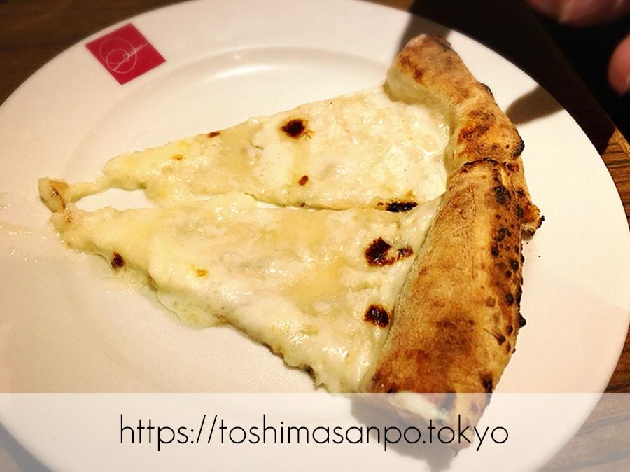 【池袋駅】イタリアン大量摂取!いつも混雑超人気ビュッフェ「サルヴァトーレ クオモ 池袋」のピザ1