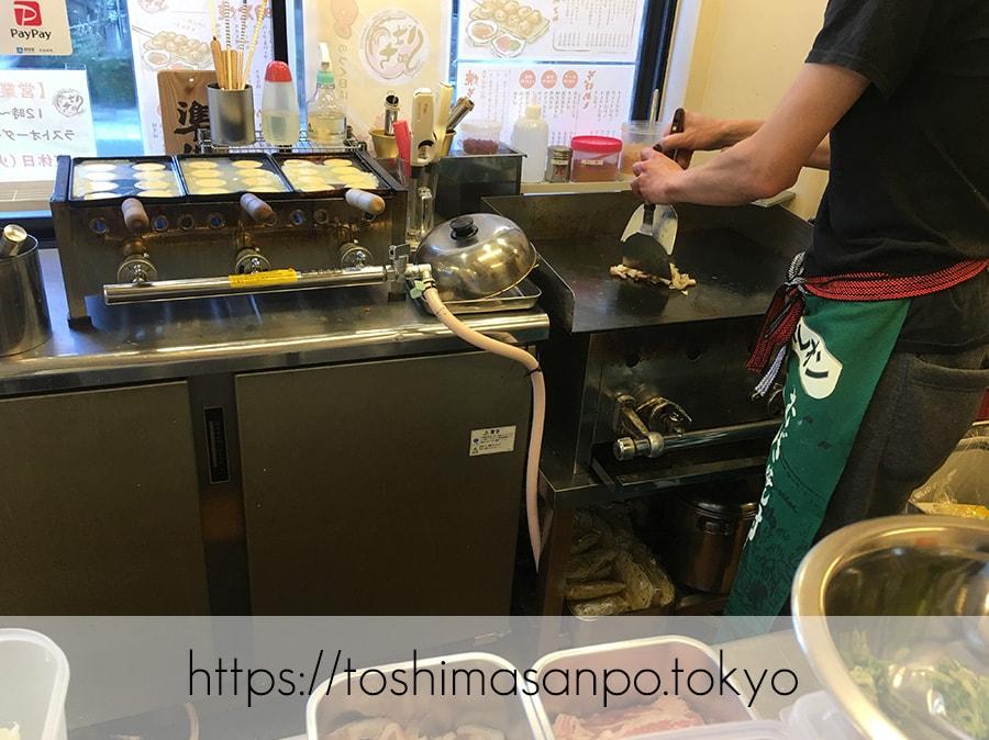 【中板橋駅】「はち」自慢の明石焼きと焼きそば!8のつく日はお得だよ♡の厨房2